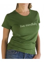 """T-shrt with the message """"live mindfully"""""""
